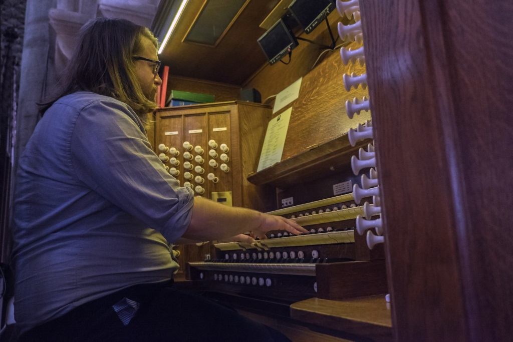 Re Pitching the Organ